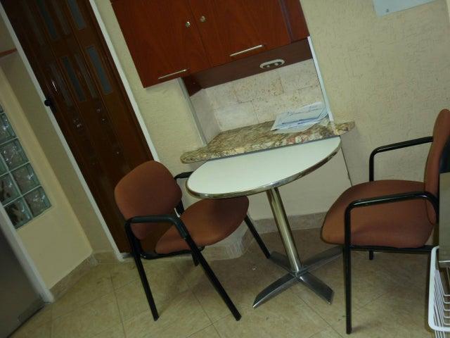 Local Comercial Aragua>Maracay>Calicanto - Venta:45.000 Precio Referencial - codigo: 19-6011