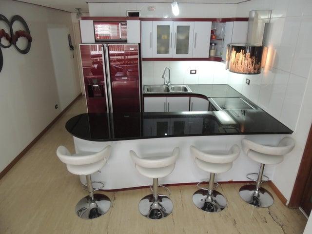 Apartamento Distrito Metropolitano>Caracas>San Bernardino - Venta:70.000 Precio Referencial - codigo: 19-6088