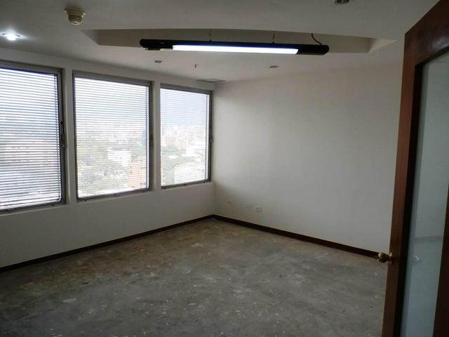 Oficina Distrito Metropolitano>Caracas>Las Mercedes - Alquiler:3.000 Precio Referencial - codigo: 19-6193