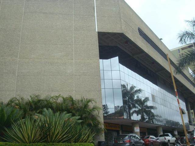 Local Comercial Miranda>San Antonio de los Altos>Las Minas - Venta:180.000 Precio Referencial - codigo: 19-6232