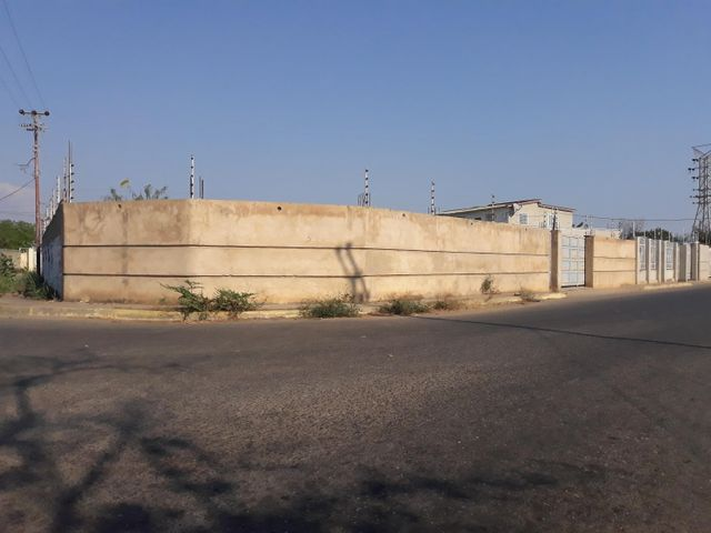 Terreno Zulia>Ciudad Ojeda>Barrio Libertad - Venta:12.500 Precio Referencial - codigo: 19-6249