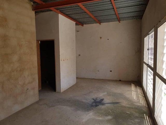 Casa Zulia>Maracaibo>Santa Rita - Venta:55.000 Precio Referencial - codigo: 19-6265