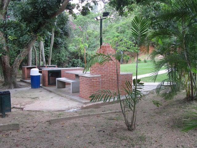 Apartamento Distrito Metropolitano>Caracas>Guaicay - Venta:110.000 Precio Referencial - codigo: 19-6293