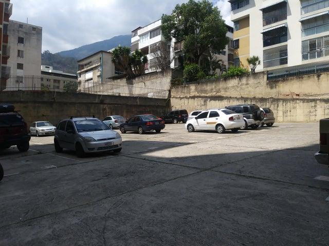 Apartamento Distrito Metropolitano>Caracas>El Marques - Venta:47.500 Precio Referencial - codigo: 19-6316