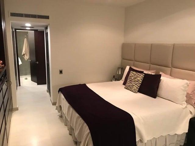 Apartamento Distrito Metropolitano>Caracas>La Castellana - Venta:290.000 Precio Referencial - codigo: 19-6331
