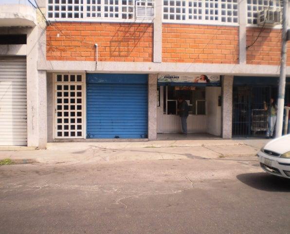 Local Comercial Aragua>Maracay>Avenida Miranda - Alquiler:120 Precio Referencial - codigo: 19-6365