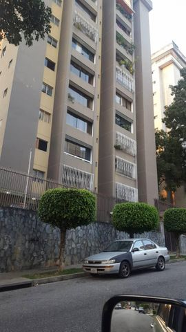 Apartamento Distrito Metropolitano>Caracas>Terrazas del Avila - Venta:75.000 Precio Referencial - codigo: 19-6431