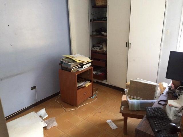 Apartamento Distrito Metropolitano>Caracas>Terrazas del Avila - Venta:60.000 Precio Referencial - codigo: 19-6431