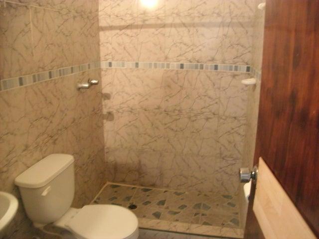 Casa Lara>Cabudare>La Mora - Venta:12.000 Precio Referencial - codigo: 19-6426