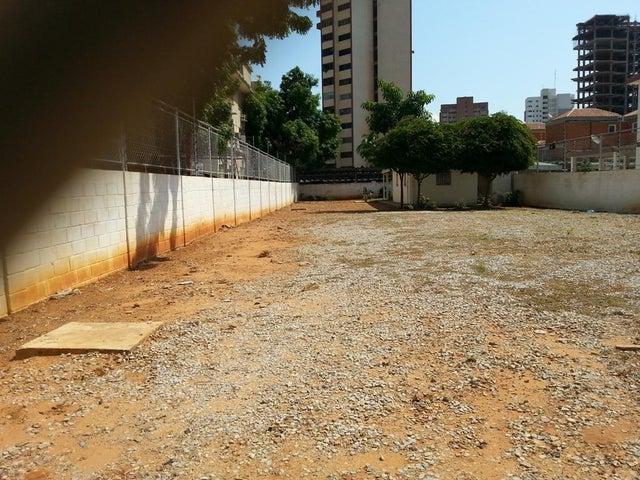 Terreno Zulia>Maracaibo>Tierra Negra - Venta:80.000 Precio Referencial - codigo: 19-6473