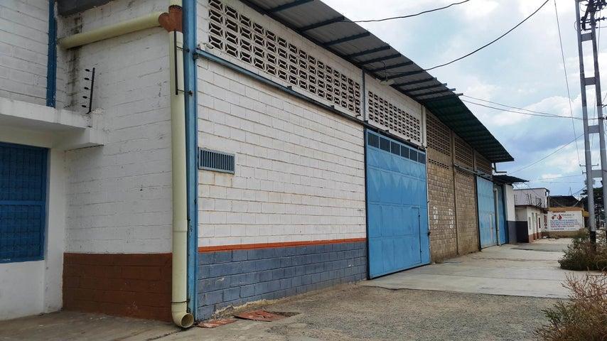 Galpon - Deposito Aragua>Intercomunal Maracay-turmero>La Providencia - Venta:300.000 Precio Referencial - codigo: 19-6527