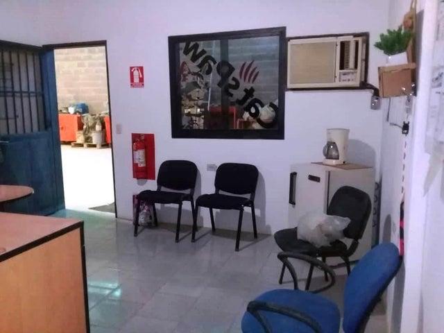 Galpon - Deposito Aragua>Intercomunal Maracay-turmero>La Providencia - Venta:295.000 Precio Referencial - codigo: 19-6533