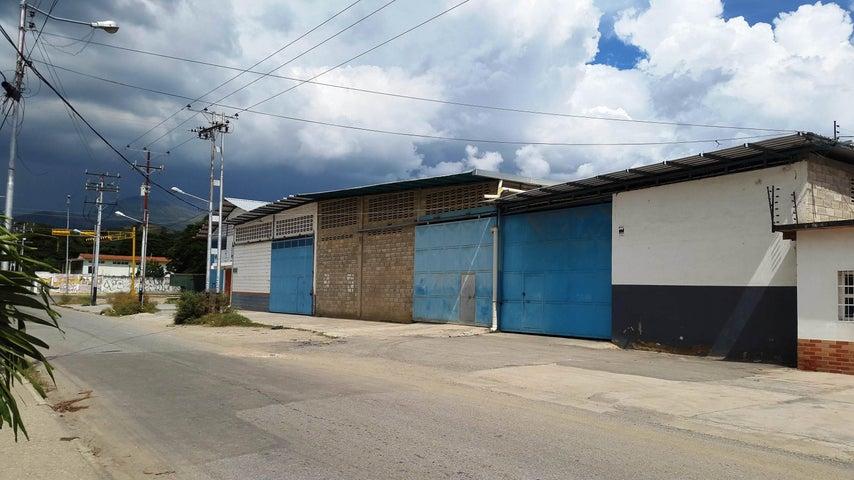 Local Comercial Aragua>Intercomunal Maracay-turmero>La Providencia - Venta:240.000 Precio Referencial - codigo: 19-6535