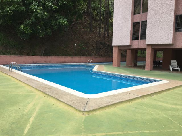 Apartamento Distrito Metropolitano>Caracas>Terrazas del Avila - Venta:100.000 Precio Referencial - codigo: 19-6594