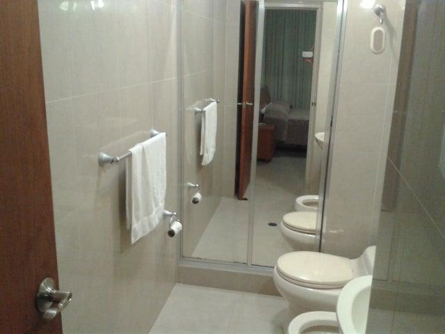 Casa Distrito Metropolitano>Caracas>El Marques - Venta:320.000 Precio Referencial - codigo: 19-6634