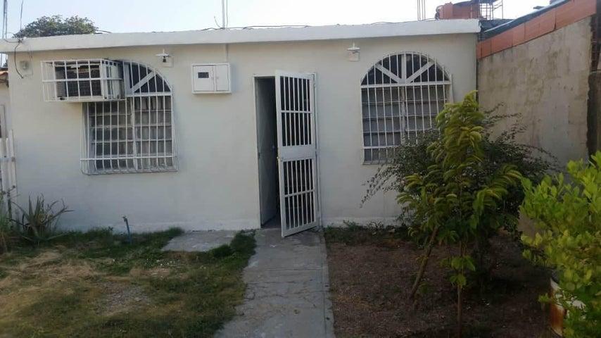 Casa Aragua>Palo Negro>Santa Elena - Venta:5.950 Precio Referencial - codigo: 19-3172