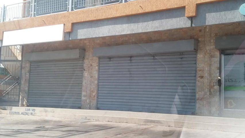 Local Comercial Zulia>Ciudad Ojeda>Cristobal Colon - Alquiler:150 Precio Referencial - codigo: 19-6633