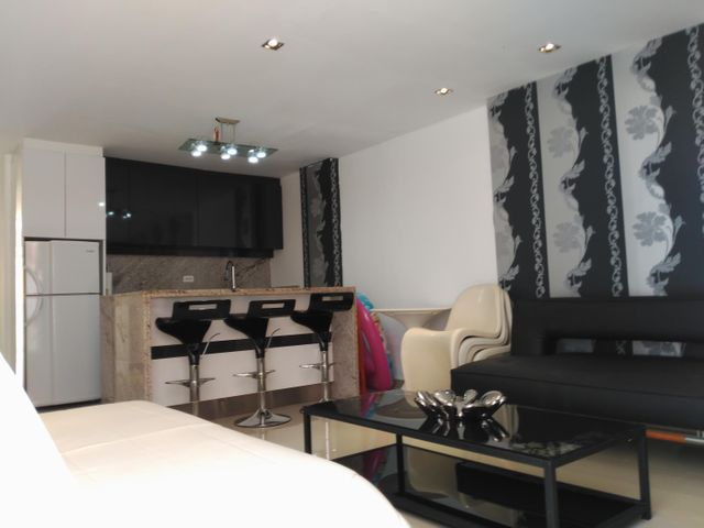 Apartamento Miranda>Higuerote>Puerto Encantado - Venta:25.000 Precio Referencial - codigo: 19-6638