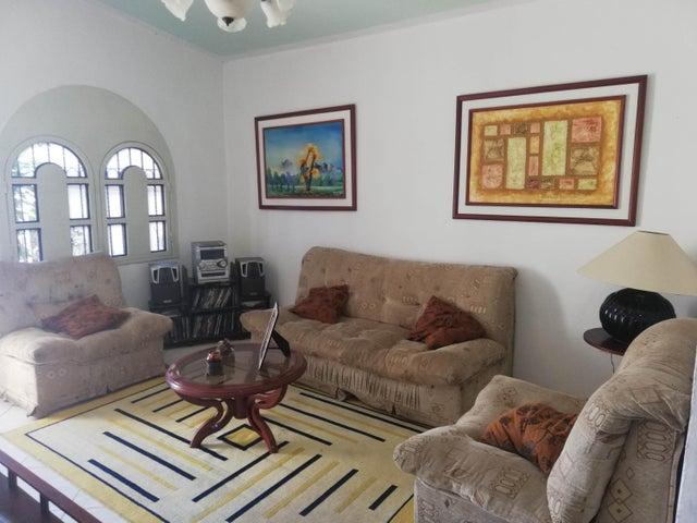 Casa Bolivar>Ciudad Bolivar>Los Proceres - Venta:11.000 Precio Referencial - codigo: 19-6696