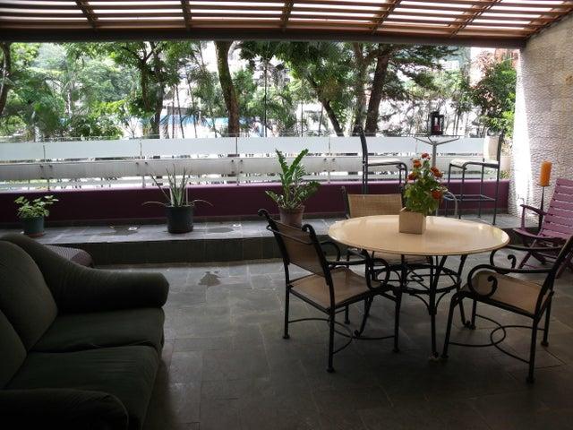 Apartamento Distrito Metropolitano>Caracas>Altamira - Venta:360.000 Precio Referencial - codigo: 19-6713