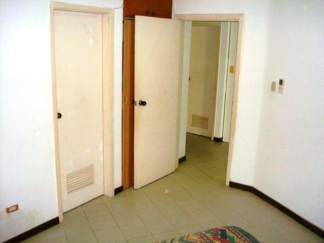 Apartamento Miranda>Higuerote>Agua Sal - Venta:20.000 Precio Referencial - codigo: 19-6761