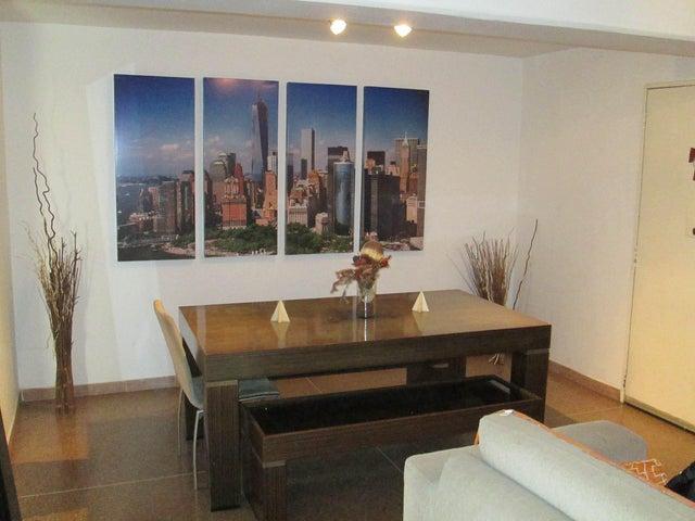 Apartamento Distrito Metropolitano>Caracas>Parroquia La Candelaria - Venta:24.000 US Dollar - codigo: 19-6803