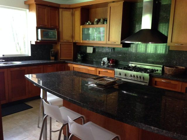 Casa Distrito Metropolitano>Caracas>Prados del Este - Venta:400.000 Precio Referencial - codigo: 19-6807