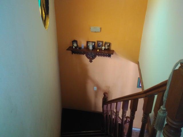 Casa Lara>Cabudare>Parroquia Agua Viva - Venta:23.000 Precio Referencial - codigo: 19-6804
