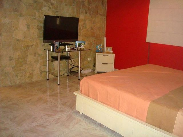 Casa Distrito Metropolitano>Caracas>Colinas de Vista Alegre - Venta:265.000 Precio Referencial - codigo: 19-6839