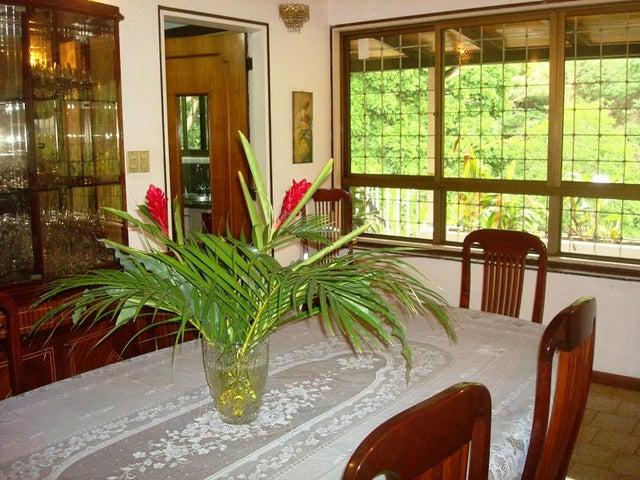 Casa Distrito Metropolitano>Caracas>Alto Prado - Venta:270.000 Precio Referencial - codigo: 19-6844
