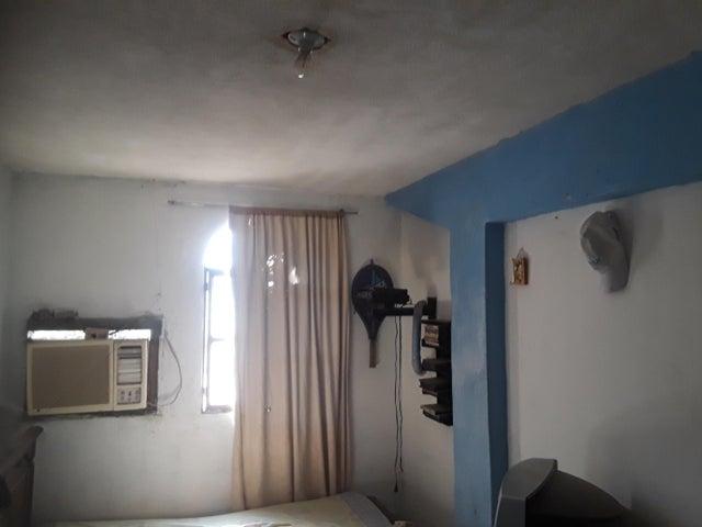 Apartamento Zulia>Municipio San Francisco>San Francisco - Venta:13.000 Precio Referencial - codigo: 19-6865