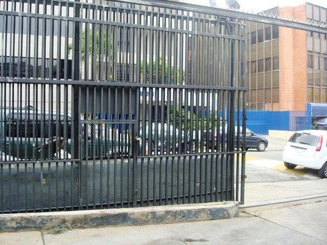 Galpon - Deposito Distrito Metropolitano>Caracas>La Urbina - Venta:420.000 Precio Referencial - codigo: 19-6879