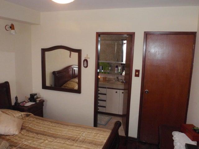 Apartamento Distrito Metropolitano>Caracas>Terrazas del Avila - Venta:80.000 Precio Referencial - codigo: 19-6892
