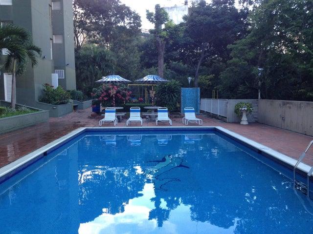 Apartamento Distrito Metropolitano>Caracas>Macaracuay - Venta:120.000 Precio Referencial - codigo: 19-6948