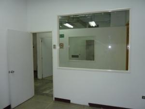 Galpon - Deposito Distrito Metropolitano>Caracas>Boleita Sur - Venta:205.000 Precio Referencial - codigo: 19-7026