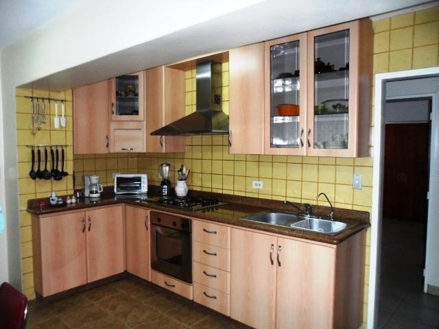 Apartamento Distrito Metropolitano>Caracas>Colinas de La California - Venta:68.000 Precio Referencial - codigo: 19-6956