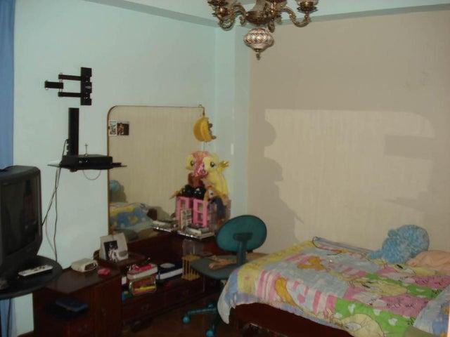 Apartamento Distrito Metropolitano>Caracas>Santa Paula - Venta:80.000 Precio Referencial - codigo: 19-6965