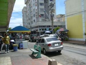 Local Comercial Nueva Esparta>Margarita>Porlamar - Venta:350.000 Precio Referencial - codigo: 19-6850