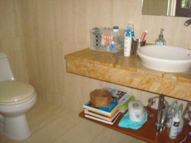 Casa Distrito Metropolitano>Caracas>El Marques - Venta:160.000 Precio Referencial - codigo: 19-7059