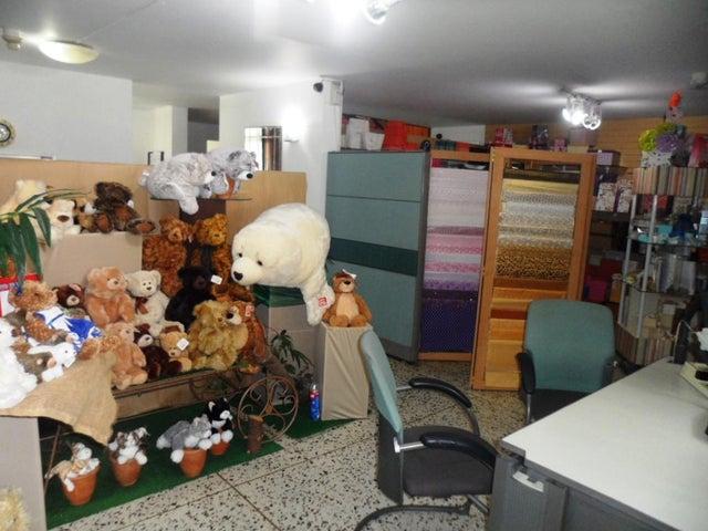 Casa Distrito Metropolitano>Caracas>Chuao - Venta:368.000 Precio Referencial - codigo: 19-6946