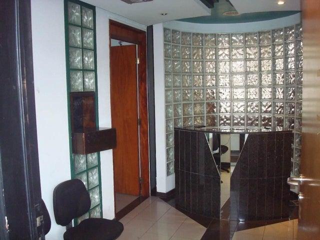 Oficina Distrito Metropolitano>Caracas>Sabana Grande - Venta:80.000 Precio Referencial - codigo: 19-7070