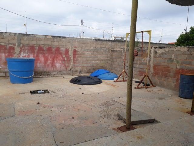 Galpon - Deposito Zulia>Ciudad Ojeda>La 'L' - Alquiler:250 Precio Referencial - codigo: 19-7086