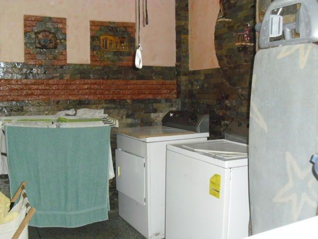 Casa Distrito Metropolitano>Caracas>La California Norte - Venta:72.000 Precio Referencial - codigo: 19-7143