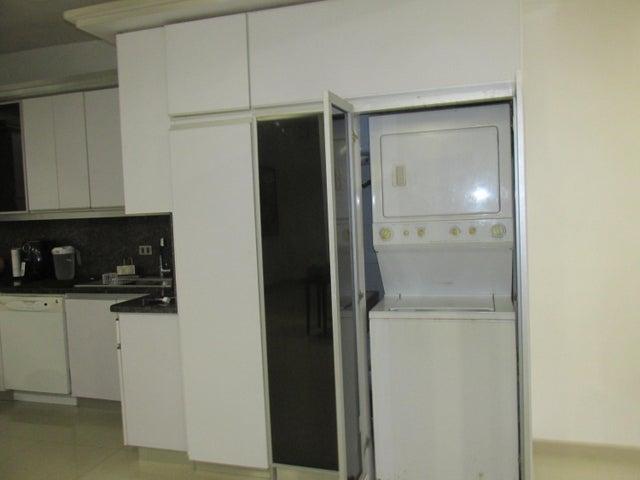 Apartamento Distrito Metropolitano>Caracas>La Boyera - Venta:125.000 Precio Referencial - codigo: 19-9232