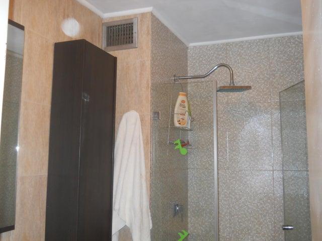 Apartamento Distrito Metropolitano>Caracas>Sabana Grande - Venta:25.500 Precio Referencial - codigo: 19-7180