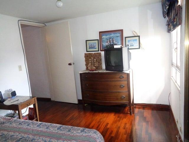 Apartamento Distrito Metropolitano>Caracas>La Castellana - Venta:660.000 Precio Referencial - codigo: 19-7197