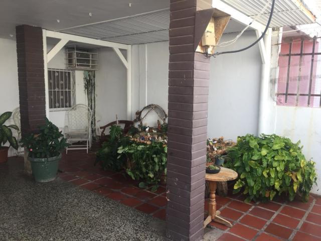 Casa Falcon>Punto Fijo>Santa Irene - Venta:25.000 Precio Referencial - codigo: 19-7214