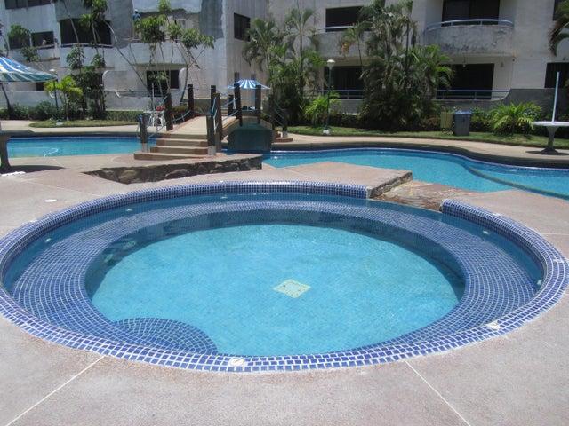 Apartamento Miranda>Higuerote>Agua Sal - Venta:18.000 Precio Referencial - codigo: 19-7271