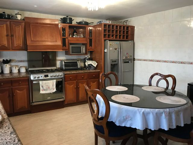 Townhouse Zulia>Ciudad Ojeda>Las Morochas - Alquiler:700 Precio Referencial - codigo: 19-7295