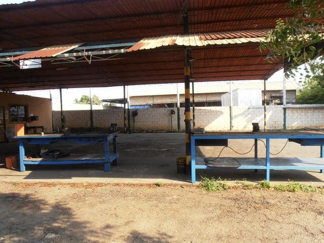 Galpon - Deposito Zulia>Ciudad Ojeda>La N - Alquiler:200 Precio Referencial - codigo: 19-7335